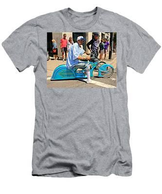 Nice Bike Men's T-Shirt (Athletic Fit)