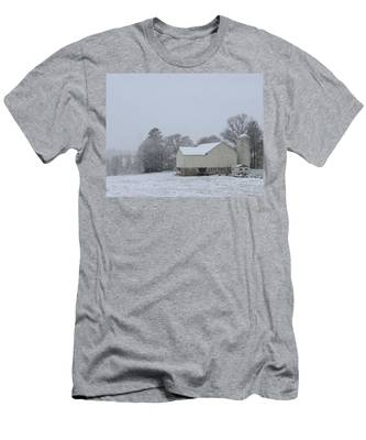 Winter White Farm Men's T-Shirt (Athletic Fit)