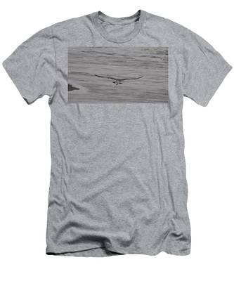 Soaring Gull Men's T-Shirt (Athletic Fit)
