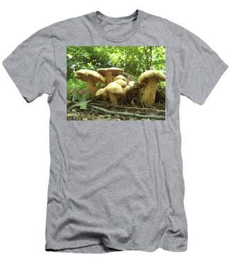 Surprise Fungi In Gibbs Garden Men's T-Shirt (Athletic Fit)