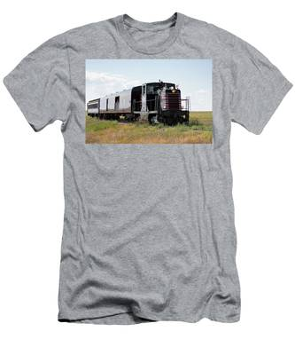 Train Tour Men's T-Shirt (Athletic Fit)