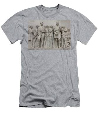 Travis And Crockett On Alamo Monument Men's T-Shirt (Athletic Fit)