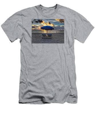 Umbrella For Two Men's T-Shirt (Athletic Fit)