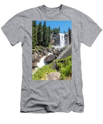 Vernal Falls- Men's T-Shirt (Athletic Fit)