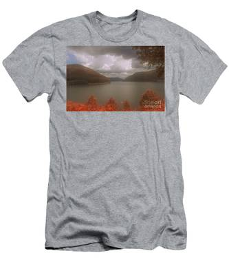 Kinzua Lake Men's T-Shirt (Athletic Fit)