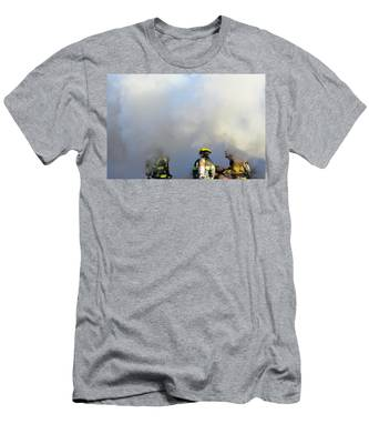 Men's T-Shirt (Athletic Fit) featuring the photograph Suit Up by Carl Young