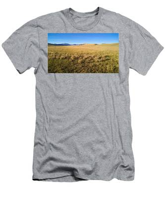 Men's T-Shirt (Athletic Fit) featuring the photograph The Beautiful Valley by Carl Young