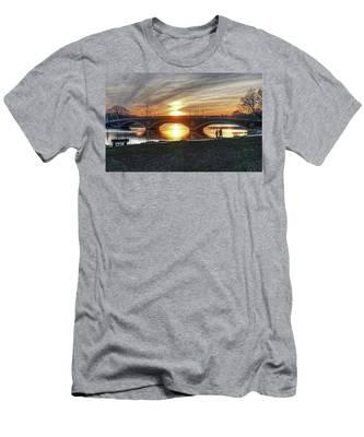 Weeks Bridge At Sunset Men's T-Shirt (Athletic Fit)