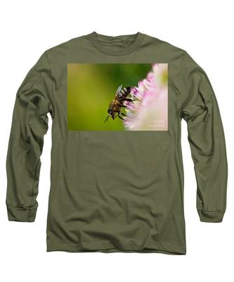 Bee Sitting On A Flower Long Sleeve T-Shirt