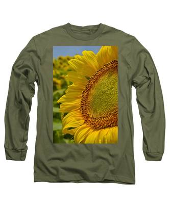 Long Sleeve T-Shirt featuring the photograph Itsy Bitsy by Skip Hunt