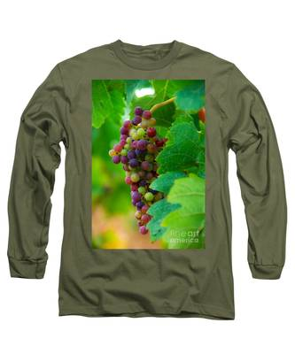 Red Grapes Long Sleeve T-Shirt