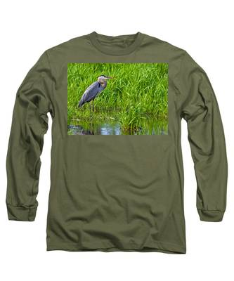 Great Blue Heron Waiting Long Sleeve T-Shirt