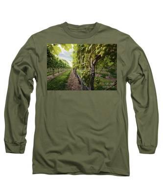 Harmony Vineyard Stony Brook New York Long Sleeve T-Shirt