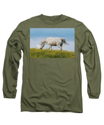 White Horse Of Cataloochee Ranch 2 - May 30 2017 Long Sleeve T-Shirt
