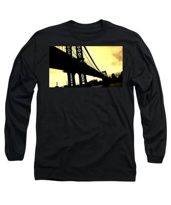 Manhattan Bridge Long Sleeve T-Shirt