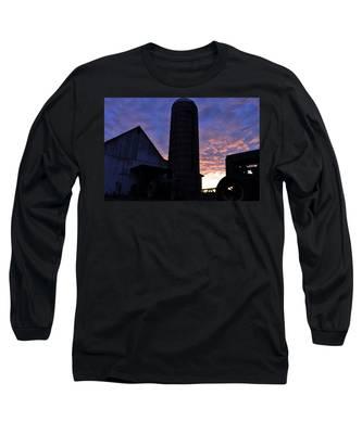 Barnyard Sunrise IIi Long Sleeve T-Shirt
