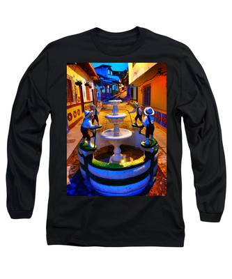 Long Sleeve T-Shirt featuring the photograph Calle Del Recuerdo by Skip Hunt