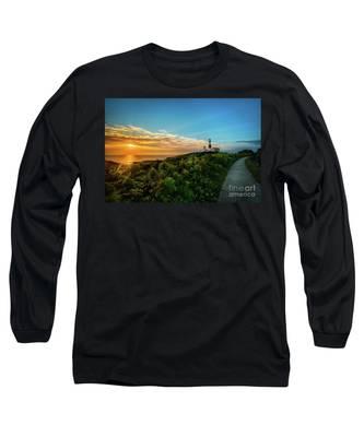 A Montauk Lighthouse Sunrise Long Sleeve T-Shirt