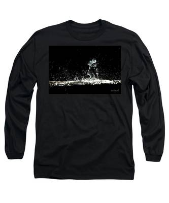 Don't Threaten Me With Love. Long Sleeve T-Shirt