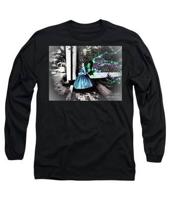 Spooky Historic Butterfly Dahlonega  Long Sleeve T-Shirt