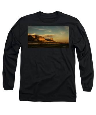 Sunset At Scotts Bluff National Monument Long Sleeve T-Shirt