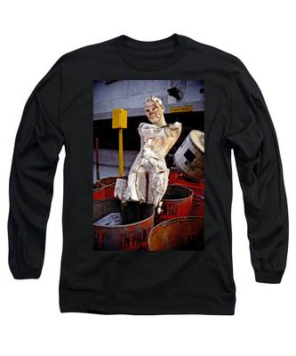 Long Sleeve T-Shirt featuring the photograph White Trash by Skip Hunt
