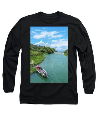 Tour Boat In Jamaica Long Sleeve T-Shirt
