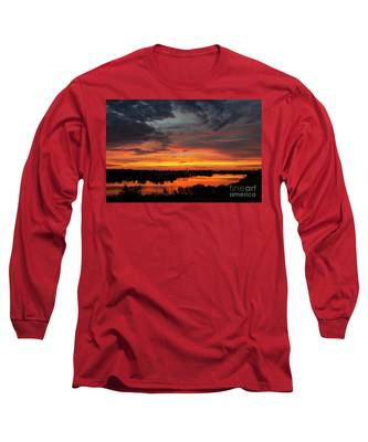 Sunset On Mainstee Lake Long Sleeve T-Shirt