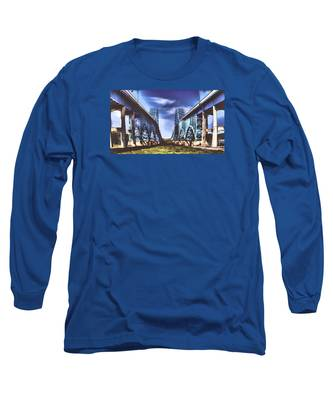 Twin Spanned Arched Long Sleeve T-Shirt