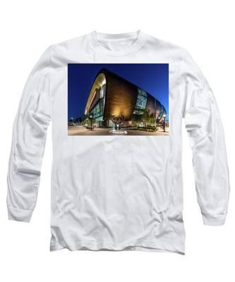 Milwaukee Bucks Long Sleeve T-Shirt