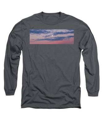 Moonrise In Pink Sky Long Sleeve T-Shirt