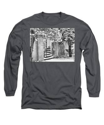 Winter Steps At The Vanderbilt In Centerport, Ny Long Sleeve T-Shirt