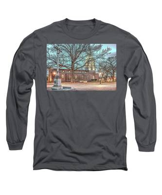 Saint Annes Circle With Fountain Long Sleeve T-Shirt