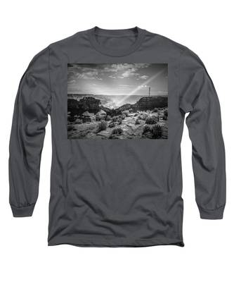 Eagle Rock, Grand Canyon In Black And White Long Sleeve T-Shirt