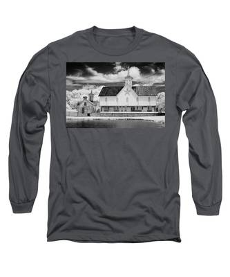The Star Barn In Infrared Long Sleeve T-Shirt