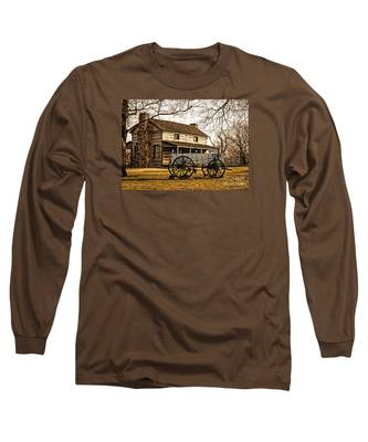 Old Log Cabin In Autumn Long Sleeve T-Shirt