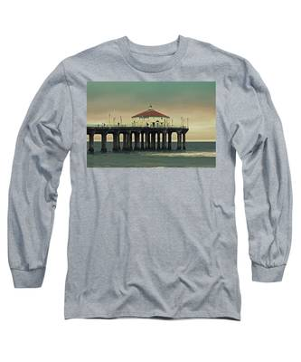 Vintage Manhattan Beach Pier Long Sleeve T-Shirt