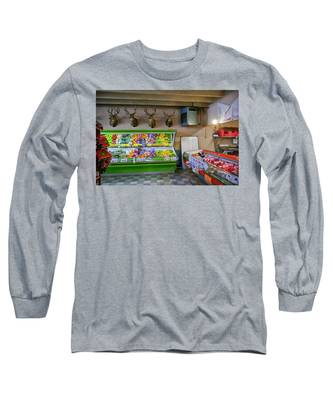 Long Sleeve T-Shirt featuring the photograph Heads Of State by Skip Hunt