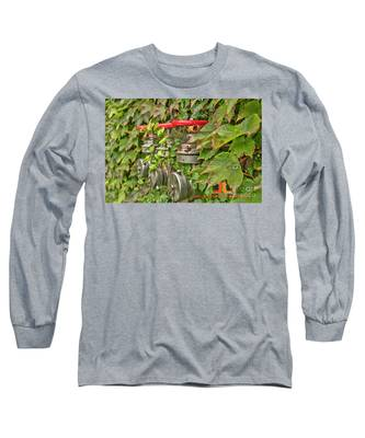 Ivy Standpipe Long Sleeve T-Shirt