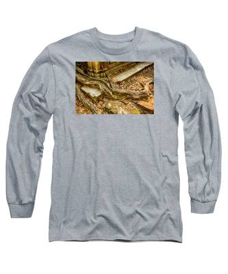 Twisted Root Long Sleeve T-Shirt