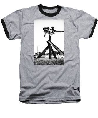 Crissy Field Iron Scuplure Baseball T-Shirt