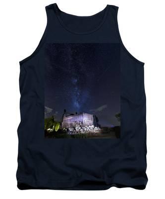 Big Muskie Bucket Milky Way And A Shooting Star Tank Top