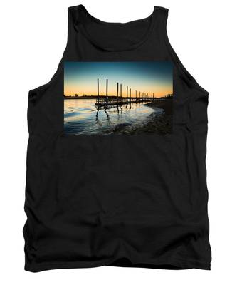 Wavy Sunset Kings Park New York Tank Top