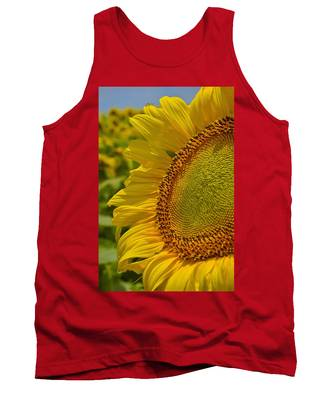 Tank Top featuring the photograph Itsy Bitsy by Skip Hunt