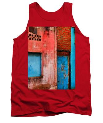 Tank Top featuring the photograph Rosa's Place by Skip Hunt