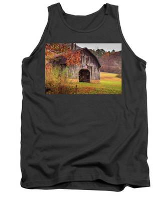 Rustic Barn In Autumn Tank Top