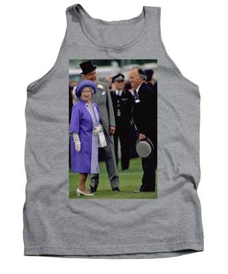 Photograph - Queen Elizabeth The Queen Mother by Travel Pics
