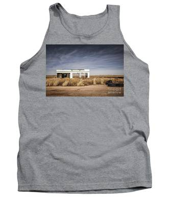 Glenrio Abandoned Gas Station  Tank Top