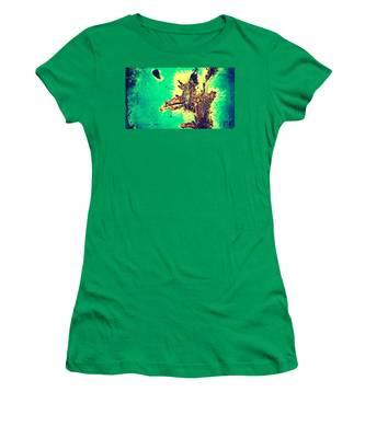 Rust 2  Women's T-Shirt