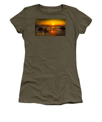 Montauk New York Summer Sunrise Women's T-Shirt
